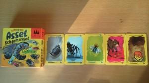 Assel Schlamassel ist ein Spiel für 3 bis 6 Ekeltierdompteure ab 8 Jahre