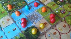 Der Steinplatz bei Mangrovia ist eine wahre Punktegrube. Hier erhält Rot satte 50 Punkte!