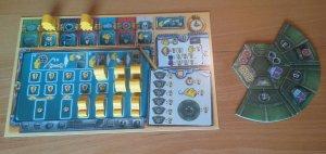 Das eigene Tableau: Punkte gibt es für eingesetzte Bots. Aber nur, wenn auch das U-Boot verbaut wurde.