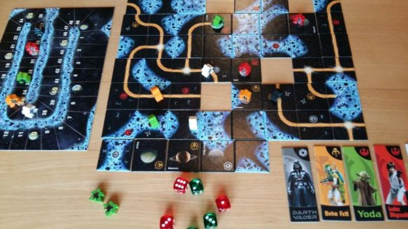 Jeder Spieler schlüpft bei Carcassonne Star Wars in die Rolle eines Helden - Imperium oder Allianz. Nur Boba Fett kocht sein eigenes Süppchen.