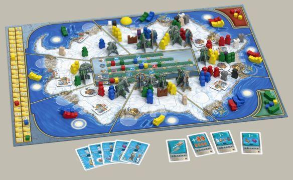 Antarctica ist ein Aufbauspiel. Es spielt sich recht flott, wenn man den Abrechnungsmechanismus verinnerlicht hat.