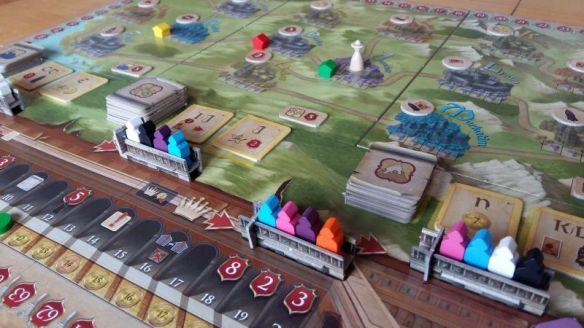 Ziel bei Das Konzil der Vier ist es, Kontore in den Städten auf dem Spielplan zu errichten