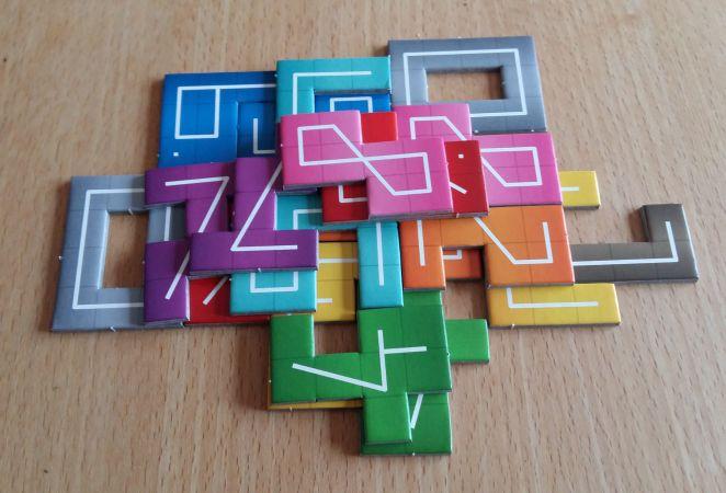 Bei NMBR9 von Abacus müssen Zahlen gestapelt werden