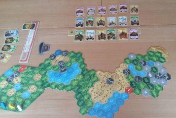 El Dorade bietet eine Vielzahl an Streckenelementen, sodass immer das richtige Spielfeld zusammengesetzt werden kann