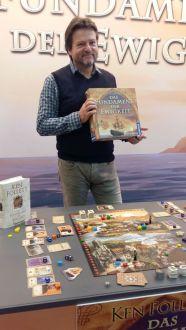 Michael Rieneck präsentiert Das Fundament der Erde
