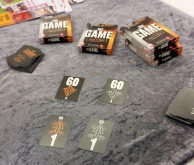 Das Erfolgskartenspiel The Game gibt es jetzt auch als Spiel gegeneinander