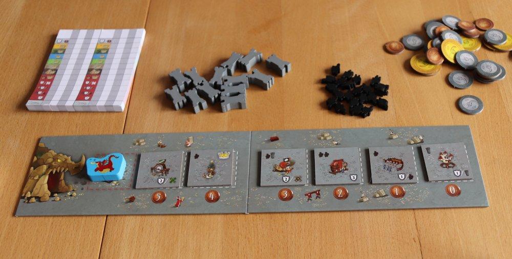 Gebäudeauslage mit Drache, Ritter, Türme und Geld: Das sind die neuen Elemente von Queendomino