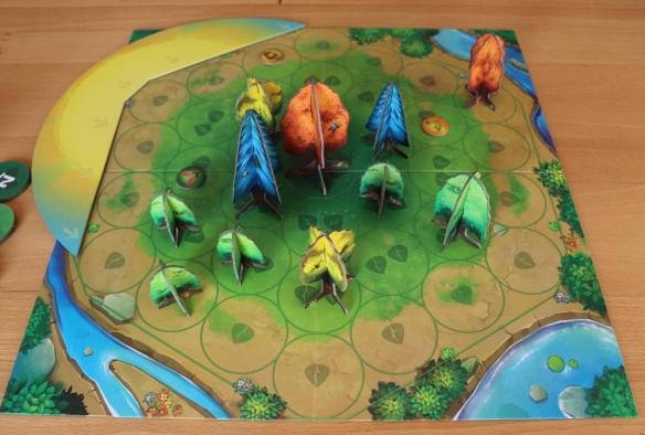 Licht und Schatten bestimmen Photosynthesis. Große Bäume werfen große Schatten: Daher Augen auf bei der Platzwahl.